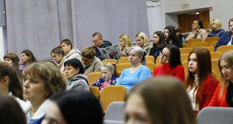 Абитуриенты на встрече с ректором (2)