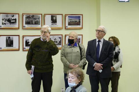 Выставка к 90-летию УГПИ-УдГУ 4