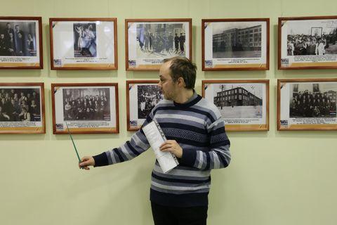 Выставка к 90-летию УГПИ-УдГУ 6